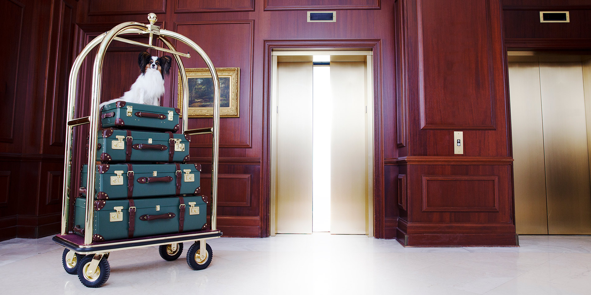 entry of nemacolin with bellhop cart